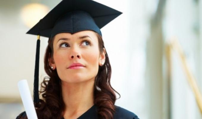 Proaspăt absolvent, caut job
